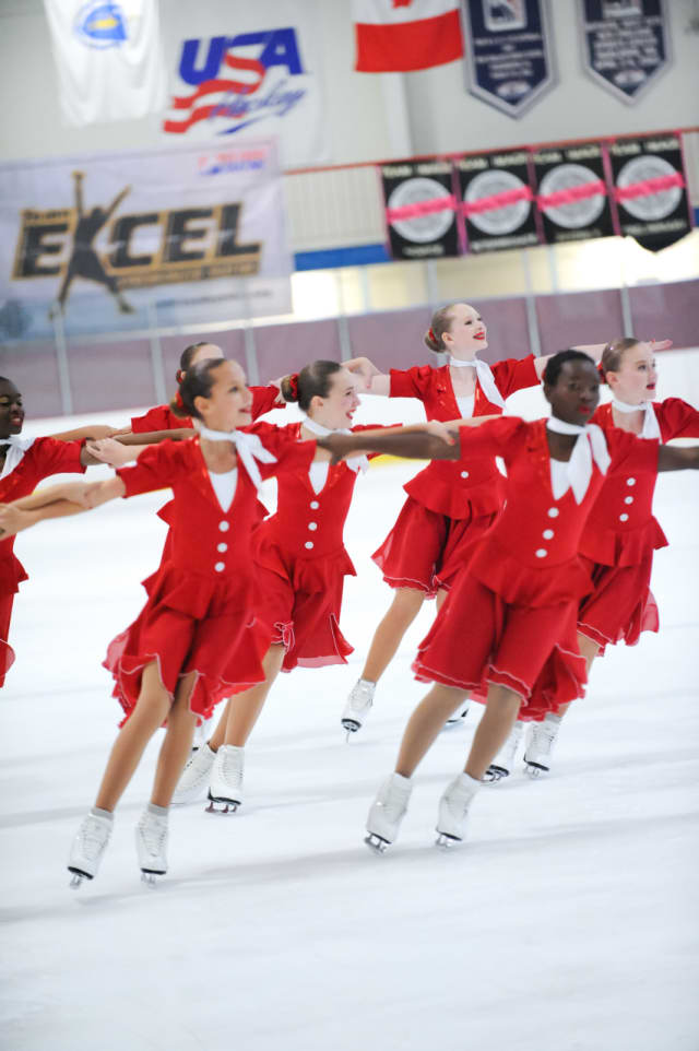The Skyliners Synchronized Skating Team is off to a strong start for the 2015-2016 competitive season.
