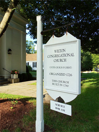 Wilton Congregational Church, 70 Ridgefield Road, is one of several wedding ceremony locations featured on the Martha Stewart Weddings web site.