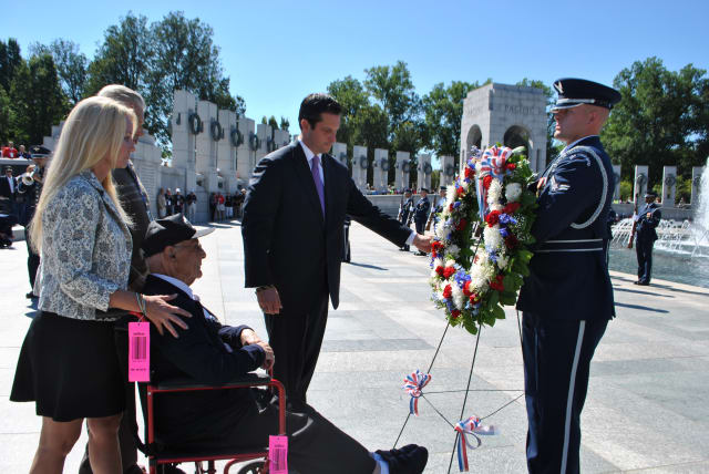 Dozens of World War II veterans traveled to visit the WWII Memorial in Washington D.C.