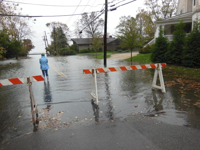 (Stock photo of Orienta Avenue and Flagler Drive in Mamaroneck) The possibility of heavy rainfall and high tides on Monday could cause coastal flooding in parts of southern Westchester.