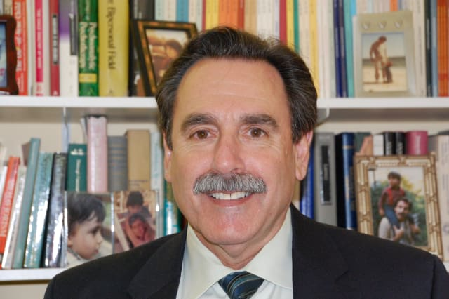 Dr. Larry Rosenberg is stepping down after 26 years as Clinical Director at the Child Guidance Center of Southern Connecticut in Stamford.