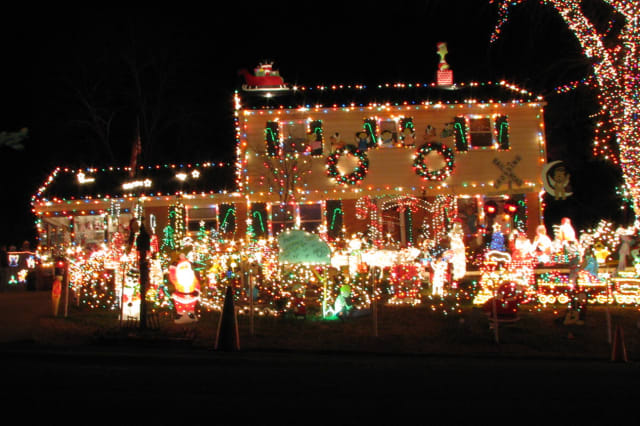 Check out some safety and energy tips for holiday lights from Connecticut Light & Power.