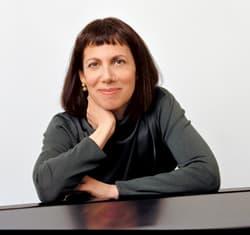 Jazz pianist Leslie Pintchik