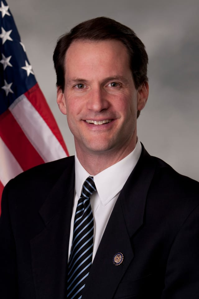 Congressman Jim Himes is set to host a roundtable discussion with those on unemployment on Thursday, Jan. 30 at the Stamford Senior Center.