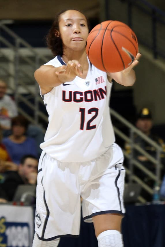 Ossining's Saniya Chong scored 12 points for the University of Connecticut Saturday in an 86-29 win over Cincinnati.