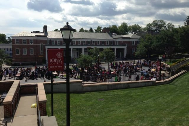 Iona College's Board of Trustees unveiled a master plan that calls for new housing and upgrades in business, science and athletics, and the creation of a performing arts venue.