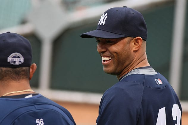 Former Yankee star Mariano Rivera will receive an award from Iona College in April.