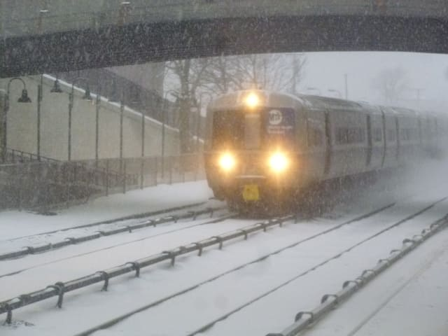 Trains on the Hudson River Line of Metro-North ran on schedule during the Thursday morning commute.