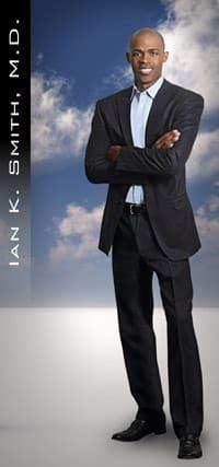 Danbury native Dr. Ian K. Smith will sign books at Barnes & Noble on Saturday, Feb. 22.