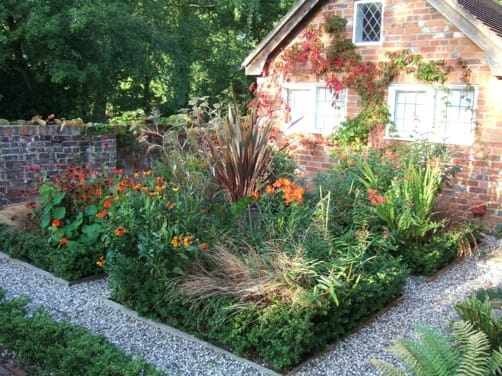 The Weston Garden Club is ready for spring and is considering starting a garden club tour around town.