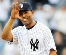 Mariano Rivera and his wife, Clara, will be honored by Iona College.