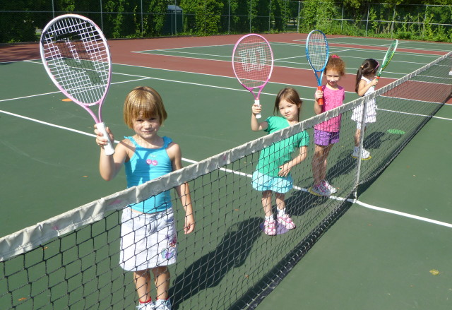 Sign up for Greenwich Parks and Rec tennis clinics now.