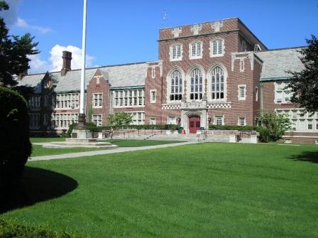 The Bronxville School Foundation accelerated the district's technology initiative by a year.