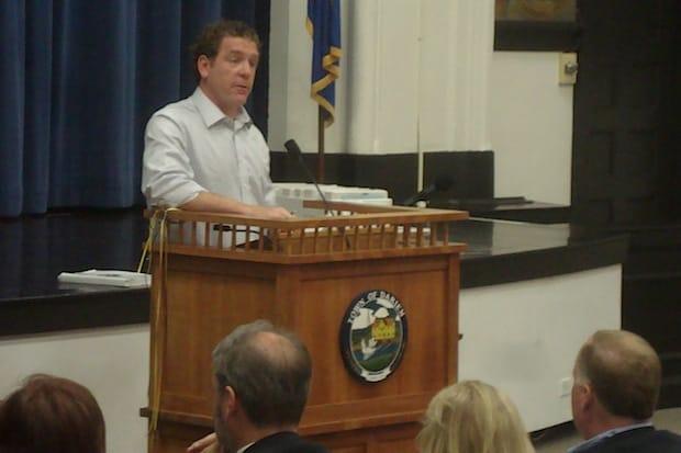 James Palen addresses the Darien Representative Town Meeting on the 2014-15 budget.