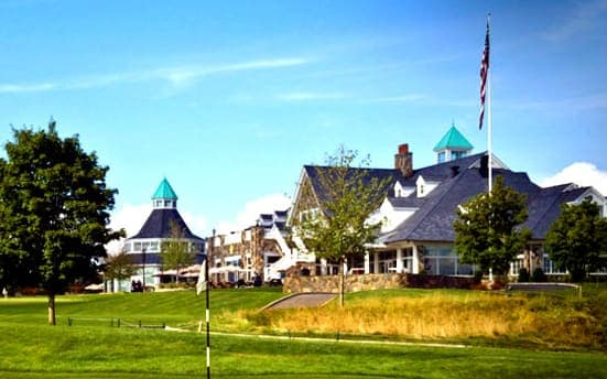 The Yorktown Chamber of Commerce is inviting residents for an evening of dance and celebration at Trump National Golf Course.