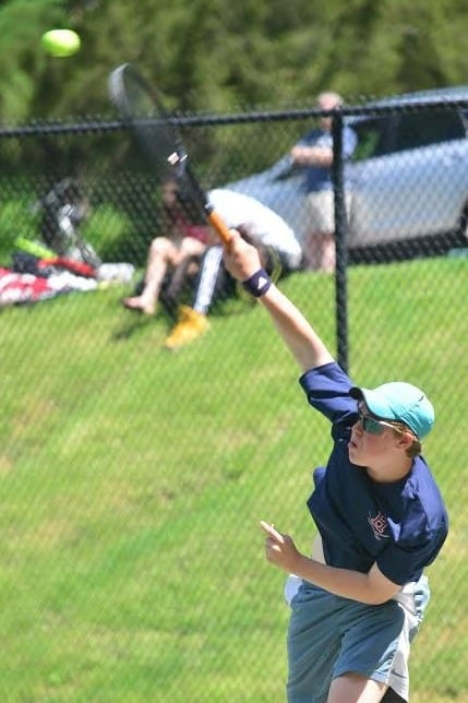 Harvey tennis player Alec Roslin, of Armonk, has been invited to compete in this weekend's New England Prep School Invitational Tennis Tournament.