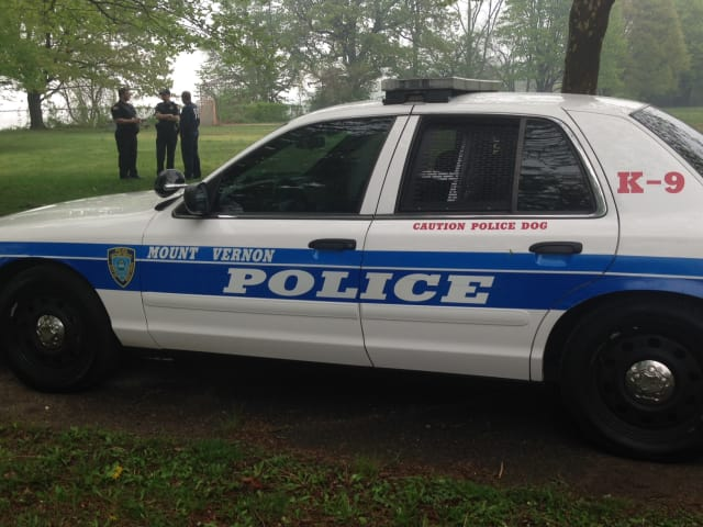 Mount Vernon police are investigating a stabbing that hospitalized a man.