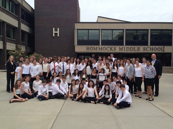 The Hommocks Chamber Orchestra and Hommocks Camerata earned gold medals at the New York State Music Association Majors Festival.