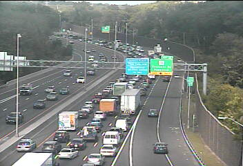 Traffic is bumper to bumper on I-95 in Darien near the exit for Tokeneke Road.