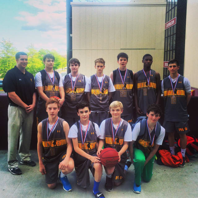 Premier Hoops Development basketball team based out of Fairfield placed at the State Open and qualified for Nationals.