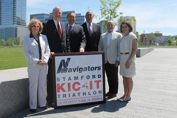 Stamford Mayor David Martin, second from left, joins honorary co-chairs Winnie Hamilton (left) and Jonathon Fontneau (third from right). They are with Navigators Group President Stanley A. Galanski, Arthur Selkowitz and Shari Shapiro.