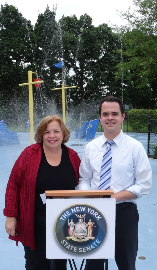 Town Supervisor Sue Donnelly and Senator David Carlucci have implemented a plan to save water at the John V. Chervokas Spray Park.