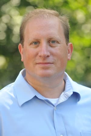 Andrew Falk receives support from the Independence Party for his Assembly candidacy.