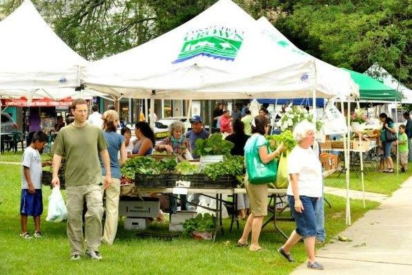 Danbury Farmers' Market will offer vouchers to income-eligible veterans.