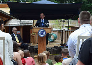 Gov. Dannel P. Malloy announces the launch of the CHET Baby Scholars Program at the Friends Center for Children.
