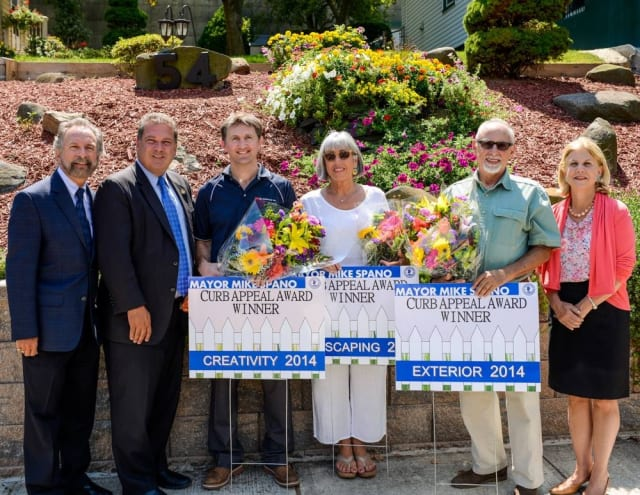 Three Yonkers residents received Curb Appeal awards from Mayor Spano.