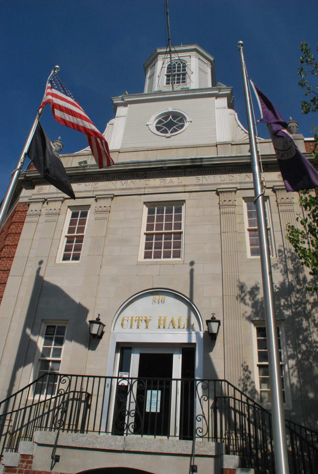 Peekskill residents can register to vote at city hall Oct. 10 and Oct. 13.