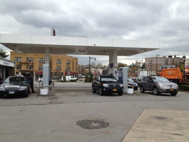 Residents in Scarsdale and Eastchester can once again refill gas tanks as services are becoming more available.