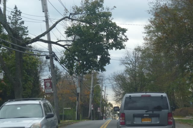 Con Edison has restored power to thousands throughout a majority of Westchester County and New York City.