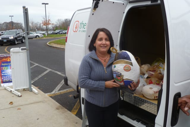 New Canaan High School's Food Bank Volunteers Club will collect Thanksgiving turkeys for the Lower Fairfield County Food Bank.