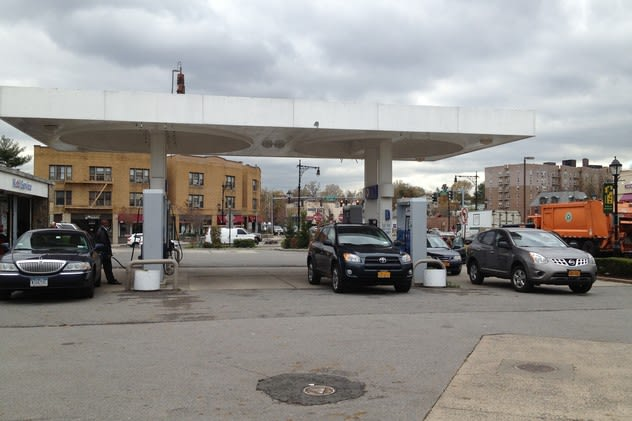 Following the lines at gas pumps after Hurricane Sandy, Scarsdale drivers are just happy to be able to fill their tanks quickly.