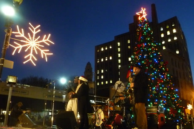 A pair of holiday tree lightings are among the top events in Yonkers this week.