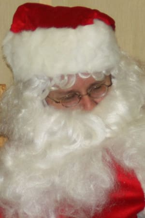 Join the Bedford Historical Society at the historic 1787 Court House Saturday for a visit with Santa Claus and enjoy assorted holiday activities and treats.
