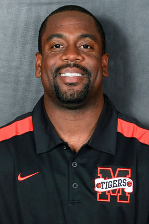 Mamaroneck High School boys' basketball head coach Tyrone Carver Jr. and the Tigers will face White Plains on Monday.