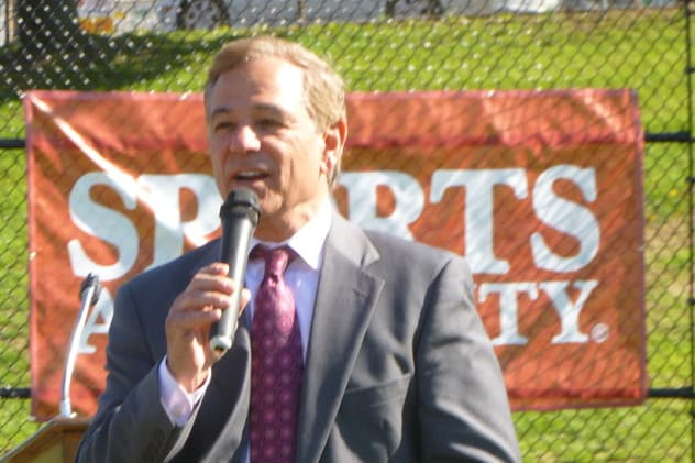 Stamford's Bobby Valentine will be named the new athletic director at Sacred Heart University.
