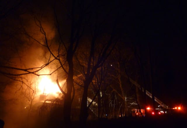 Yonkers firefighters battled a two-alarm blaze at an vacant building off Odell Avenue Monday night.