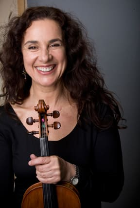 Elektra Kurtis-Stewart, a faculty member at the Hoff-Barthelson Music School in Scarsdale, will play a concert on Friday.
