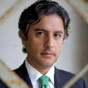 The New Canaan Library is set to host Reza Aslan as guest lecturer for the UN Committee Lecture this Sunday.