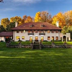 This home in Redding, formerly owned by Mark Twain, is listed at $4 million.