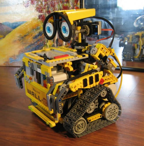 Sleepy Hollow High School will hold lego compeition sponsored by the science department.