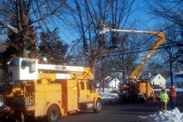 United Illuminating crews work to restore power after widespread outages in Pennsylvania last week. The company says it's prepared to do the same in Connecticut Thursday.