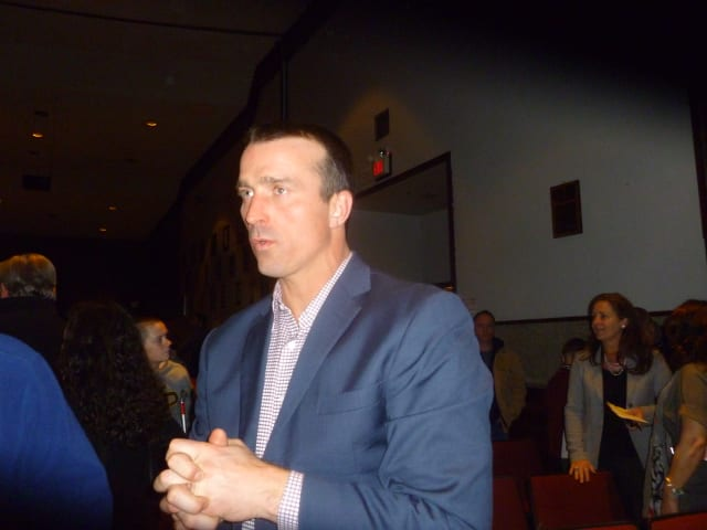 Former NBA player Chris Herren speaks to attendees after giving a speech on his battles with  drug addiction.