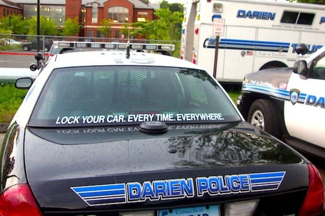 Darien Police were called to break up an argument in a Post Road parking lot Friday evening.