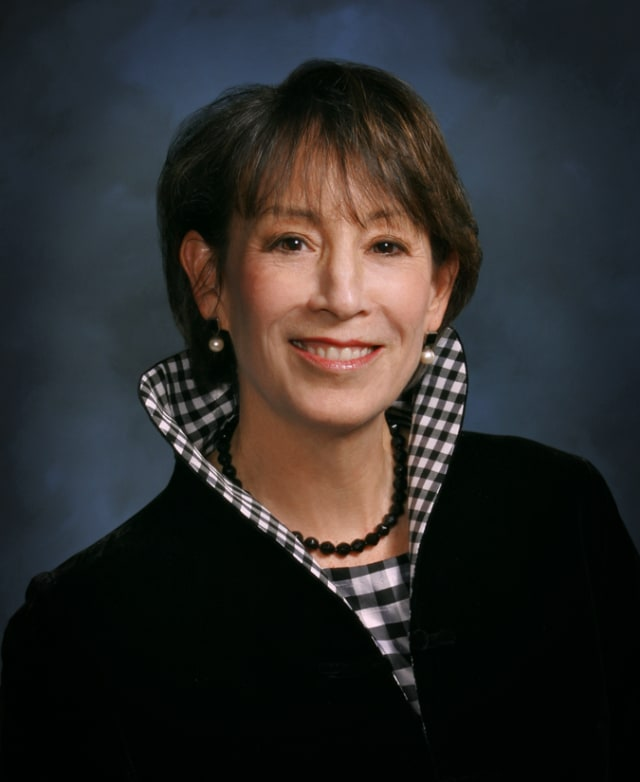Darien Chamber of Commerce president Carol Wilder-Tamme will step down from her position in May.