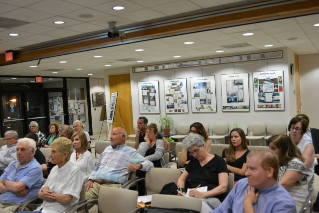 Attendees at the May 27 Rosehill scoping session.