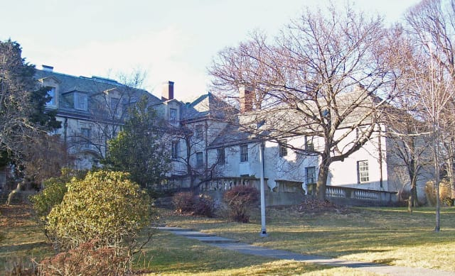 The Goren Group has bought the historic Alder Manor property.